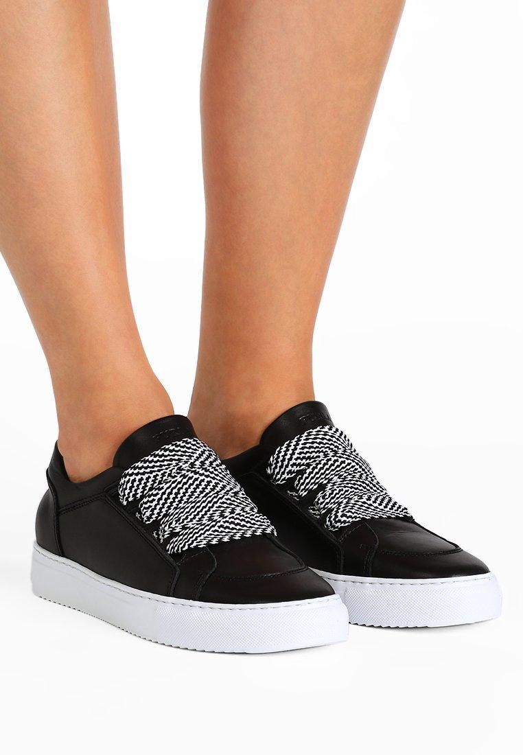 Furla - MILANO MURRINA  - Sneakers basse - onyx/petalo