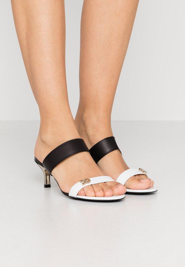1927 MULE - Pantofle na podpatku - talco/nero