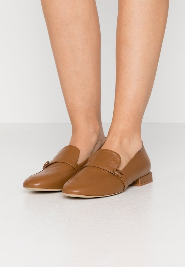 1927 LOAFER - Instappers - cognac
