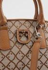 Furla - FANTASTICA S DOME - Handbag - toni caramello