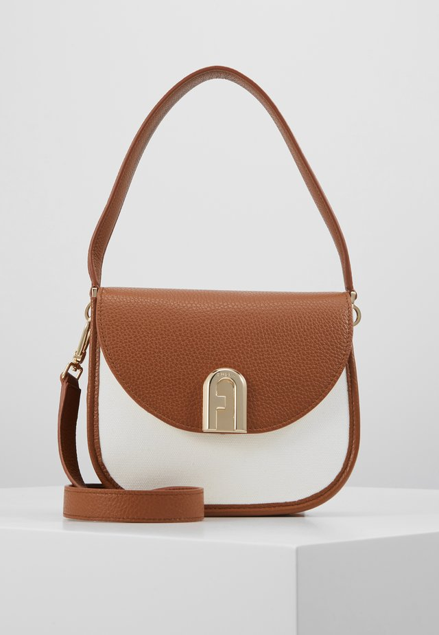 FURLA SLEEK MINI CROSSBODY - Torebka - cognac/naturale