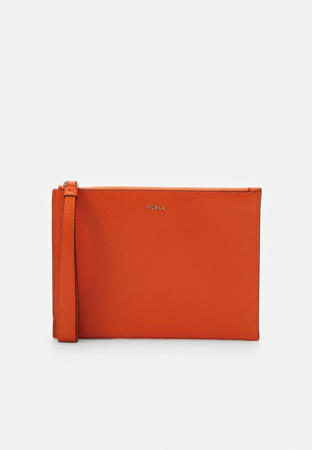 BABYLON ENVELOPE - Clutch - orange