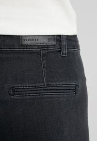 Fiveunits - JOLIE - Jeans relaxed fit - grey raini - 5