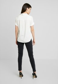 Fiveunits - JOLIE - Jeans relaxed fit - grey raini - 2