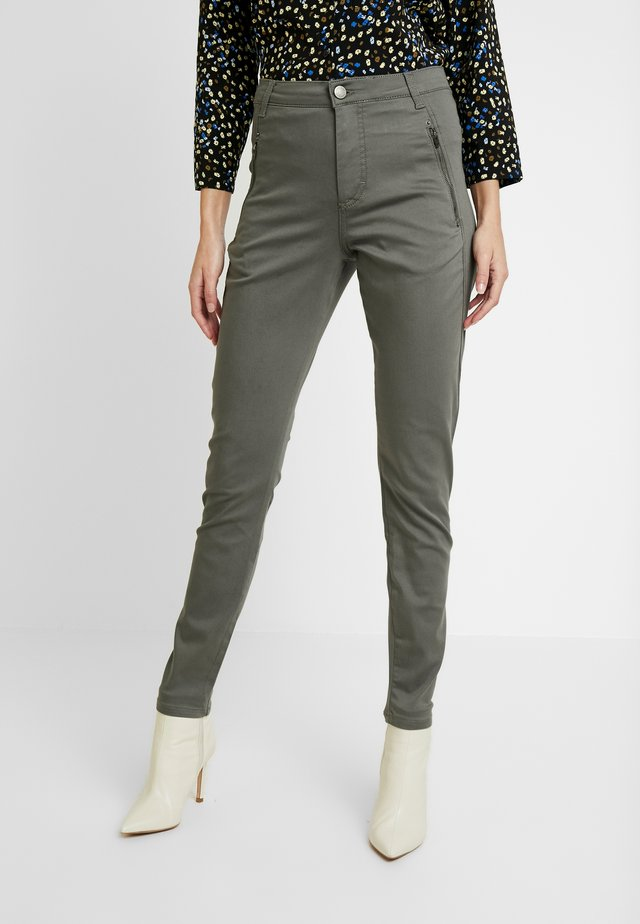 JOLIE DRIFTER - Jeansy Relaxed Fit - gunmetal