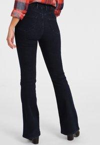 Funky Buddha - Jeans bootcut - blue - 2