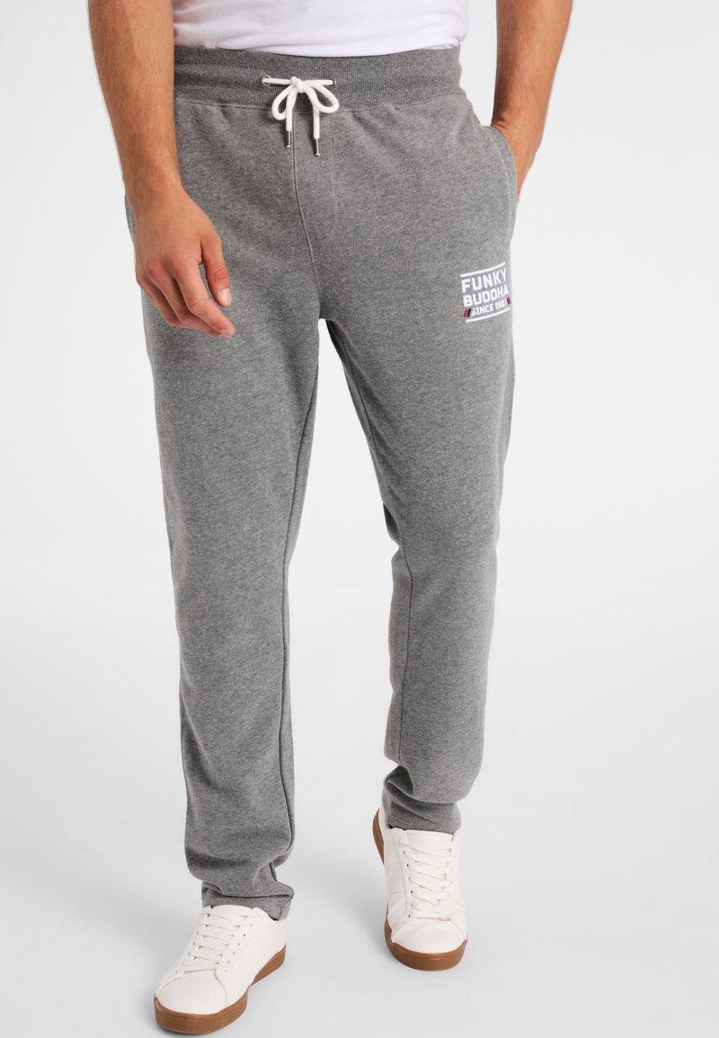Funky Buddha - ATHLETIC - Spodnie treningowe - medium grey melange