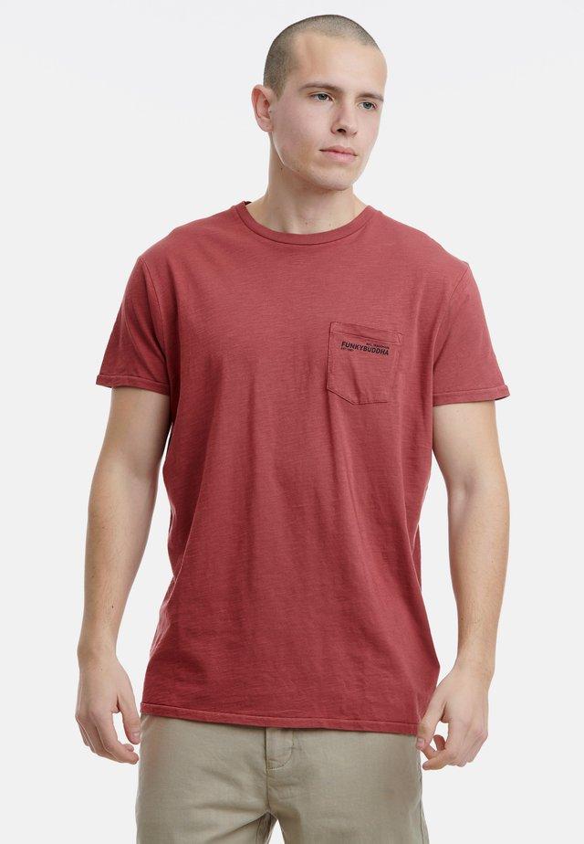 BASIC - Basic T-shirt - berry