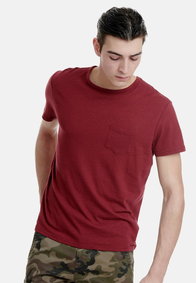T-Shirt basic - cherry