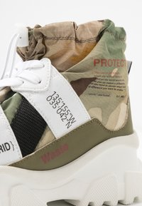 F_WD - High-top trainers - white - 2