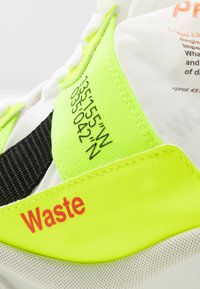 F_WD - High-top trainers - fluo yellow/transparent - 2