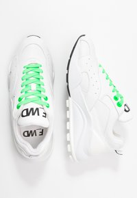 F_WD - Trainers - white - 3