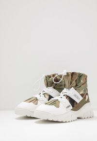 F_WD - High-top trainers - white/majotech mud - 2