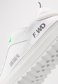 F_WD - Sneakers basse - white - 5