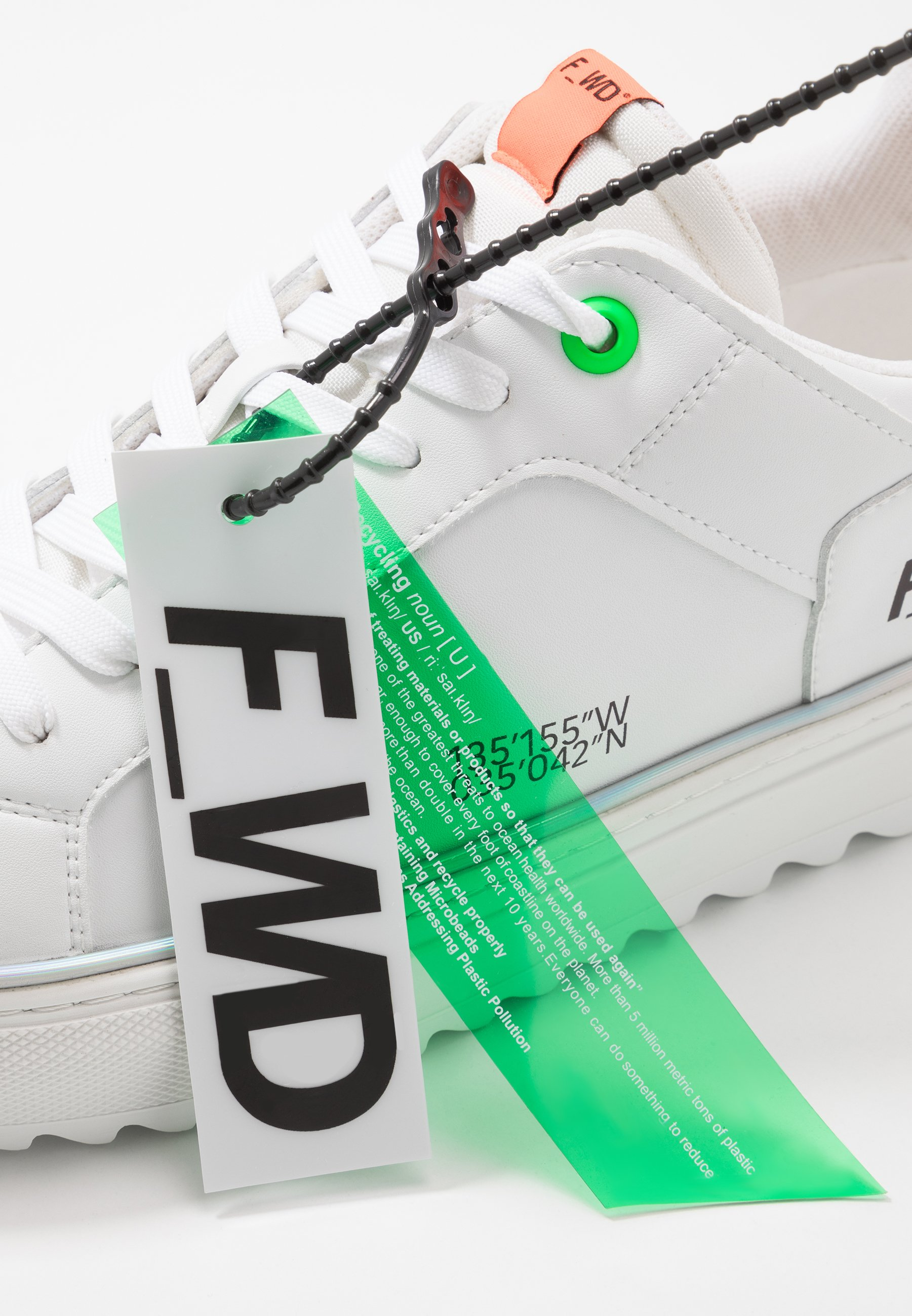 F_wd Sneakers - White