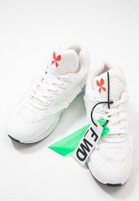 F_WD - Sneakers basse - ventik white/foam white/gomm white - 5