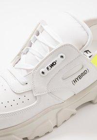 F_WD - Trainers - exagon white/cristal white/pro white - 6