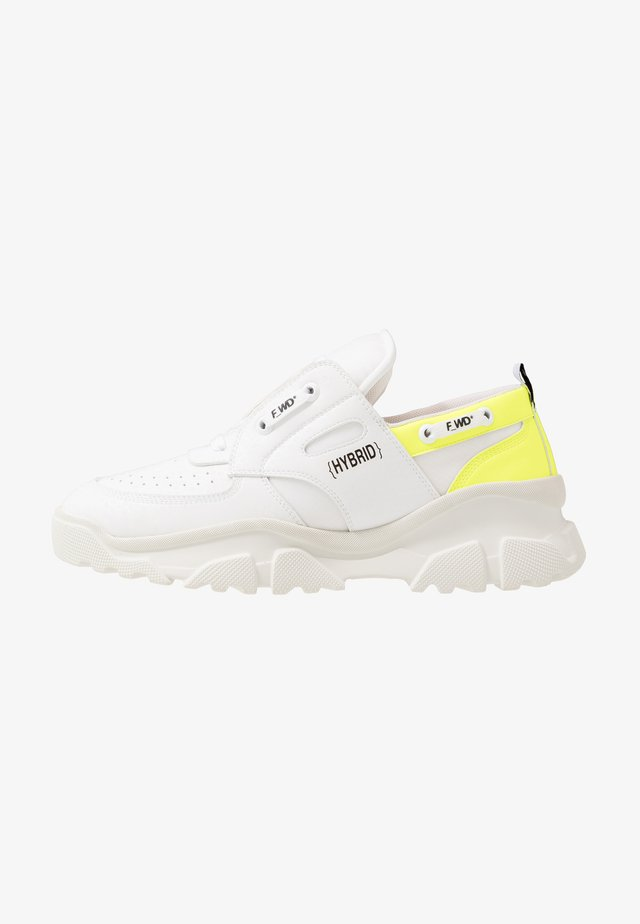 Sneakersy niskie - exagon white/cristal white/pro white