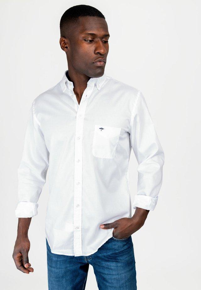 LIGHT STRUCTURE - Shirt - white