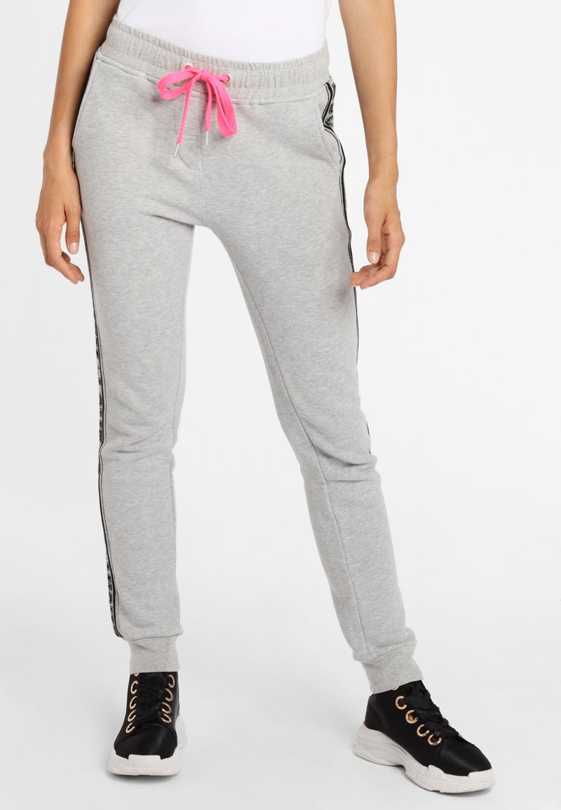 Grace - Tracksuit bottoms - lightgrey