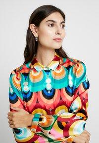Grace - Vestido camisero - multicolor - 4