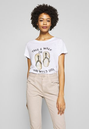 TAKE A WALK - T-shirt z nadrukiem - white