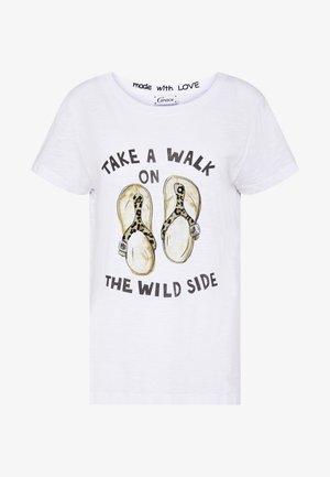 TAKE A WALK - Camiseta estampada - white