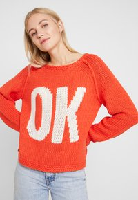 Grace - OK - Jumper - orange - 4