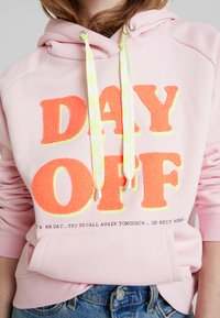 Grace - DAY OFF - Jersey con capucha - pale rose - 5