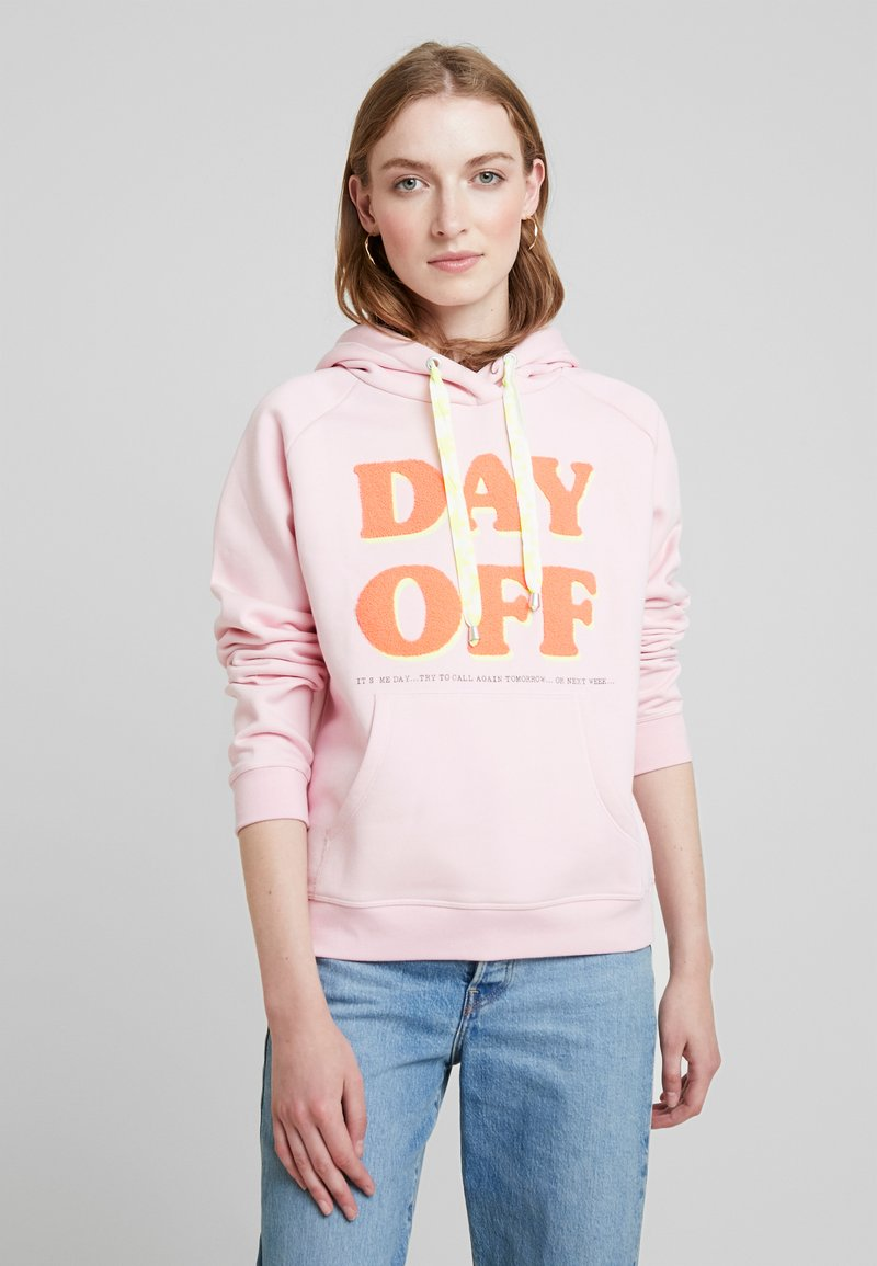 Grace - DAY OFF - Jersey con capucha - pale rose