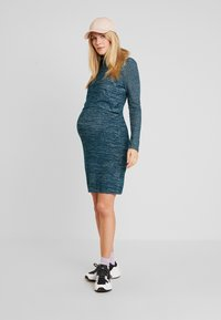 GAP Maternity - COZY NURSING DRESS - Stickad klänning - green pine - 2