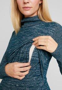 GAP Maternity - COZY NURSING DRESS - Stickad klänning - green pine - 6