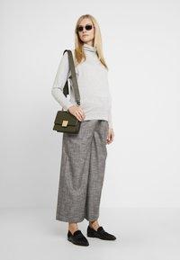 GAP Maternity - MOCK NURSING - Sweatshirt - light heather grey - 1