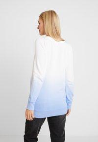 GAP Maternity - Bluza - blue dip dye - 2