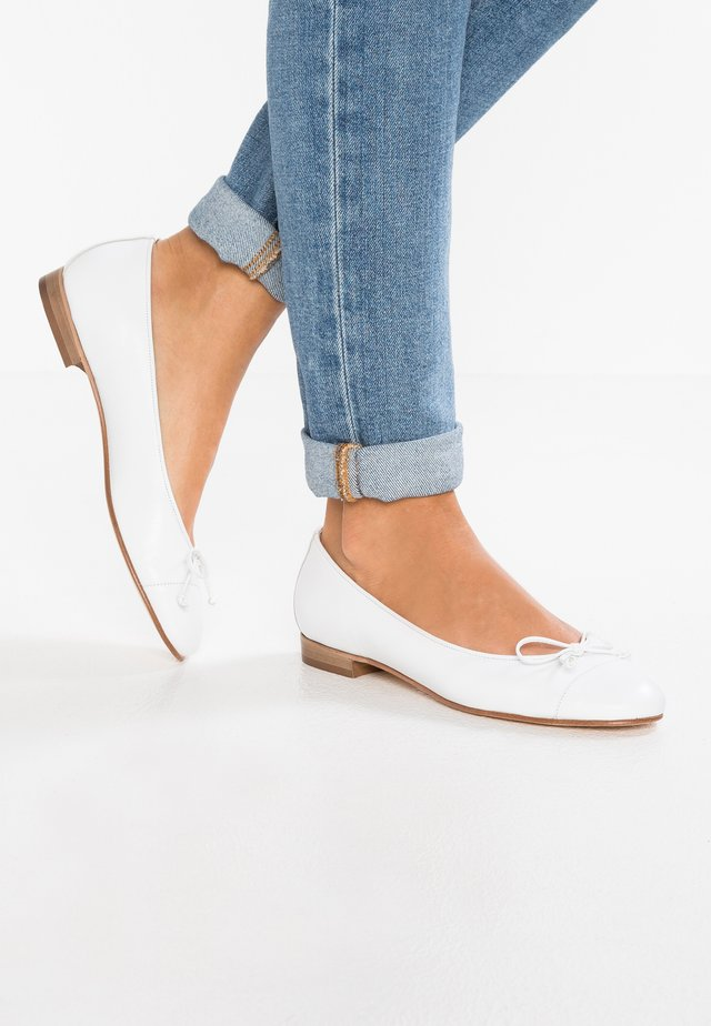 STEFY - Ballet pumps - bianco