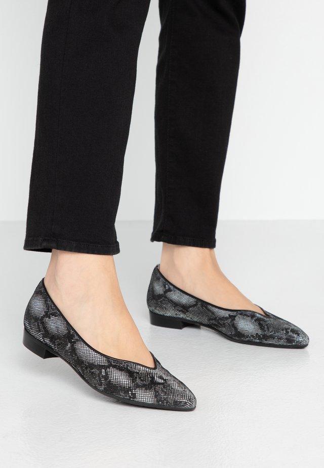 SISA - Ballet pumps - black