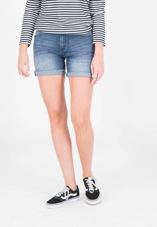 RACHELLE  - Denim shorts - medium used