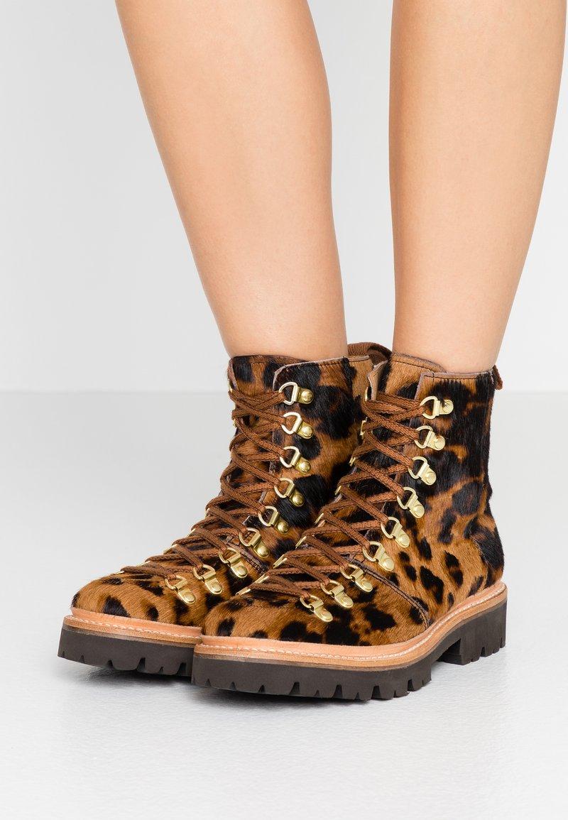 Grenson - NANETTE - Kotníková obuv - beige