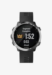 Garmin - FORERUNNER  - Smartwatch - black - 0