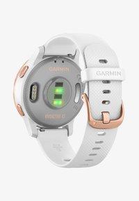 """Garmin - GARMIN GPS-MULTIFUNKTIONSUHR """"VIVOACTIVE 4 S"""" - Smartwatch - white - 1"""