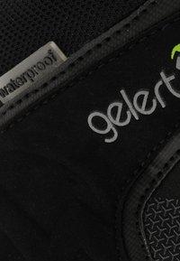 Gelert - SOFTSHELL MID WANDER - Bottines de randonnée - black - 5
