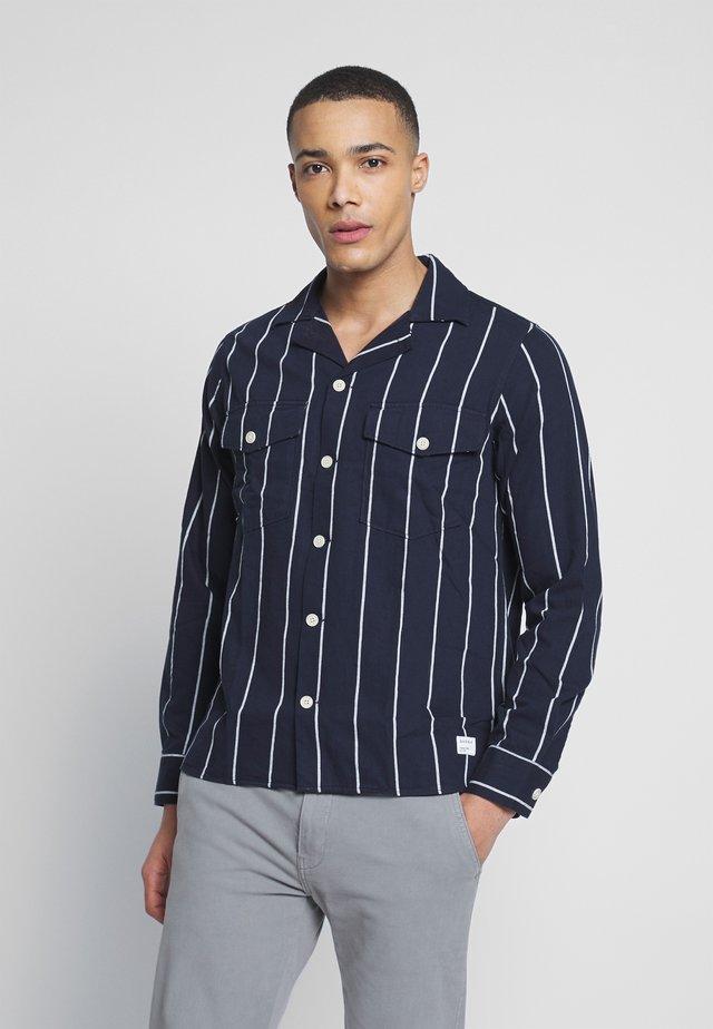 CLIPPER BIG SHIRT - Hemd - navy stripe
