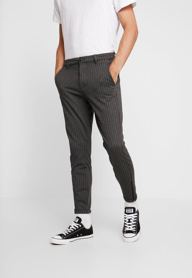 PISA - Kalhoty - grey pin