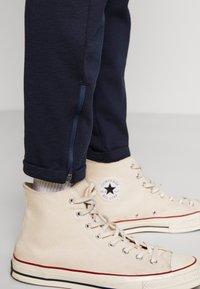 Gabba - PISA PANT - Chino kalhoty - navy - 4