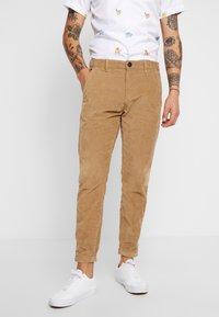 Gabba - PISA PANTS - Pantalon classique - light sand - 0