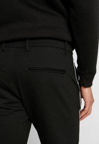 Gabba - PISA PIPE PANT - Trousers - black - 3