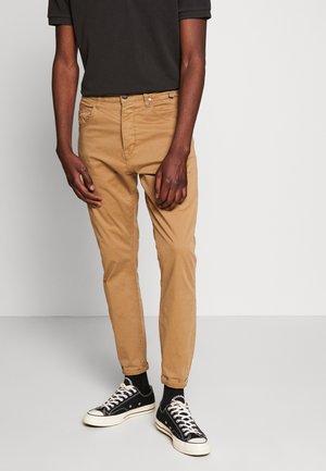 ALEX PANT - Kalhoty - sand