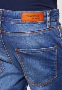 Gabba - REY  - Jeans Relaxed Fit - mid blue - 5