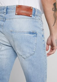 Gabba - REY SUMMER  - Jeans Tapered Fit - light blue denim - 5