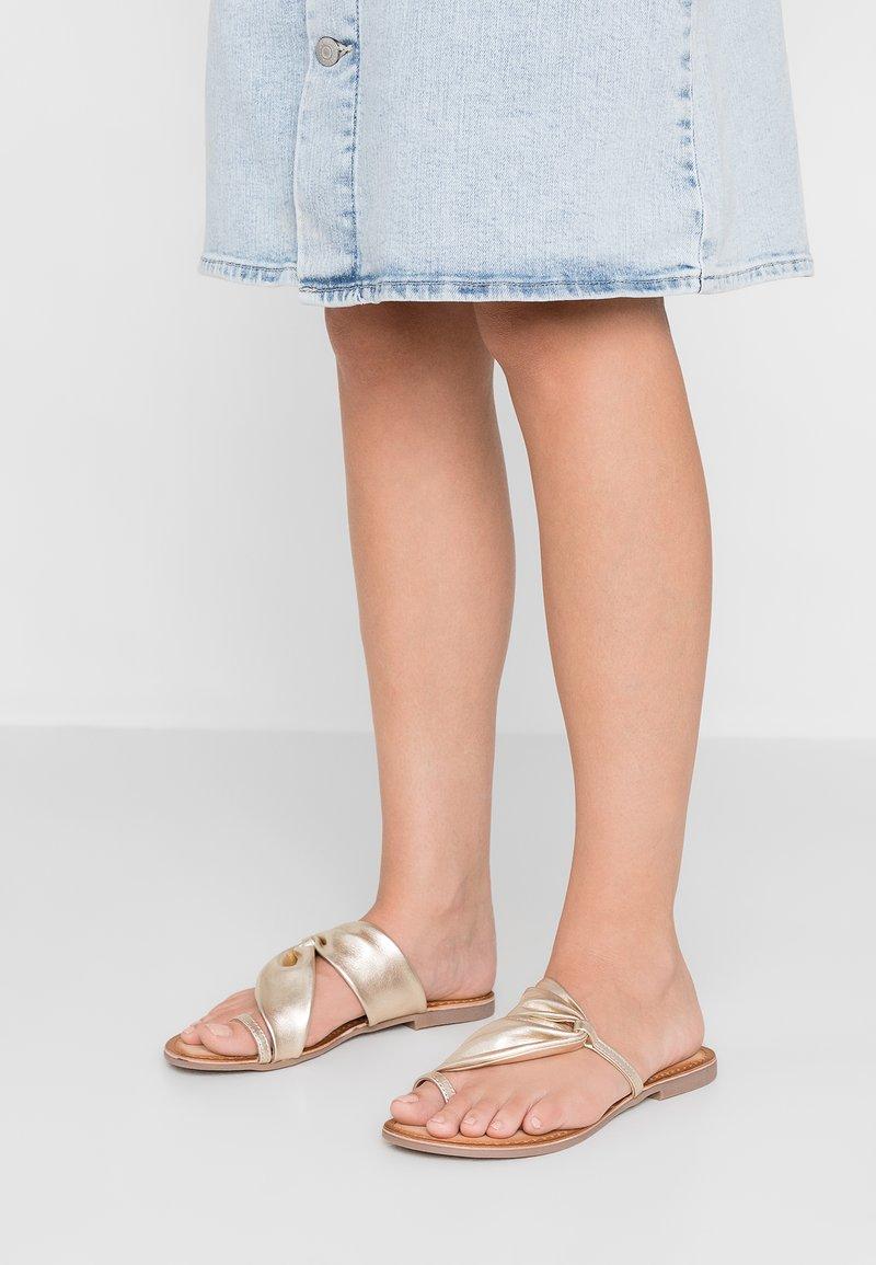 Gioseppo - FRIULI - T-bar sandals - oro